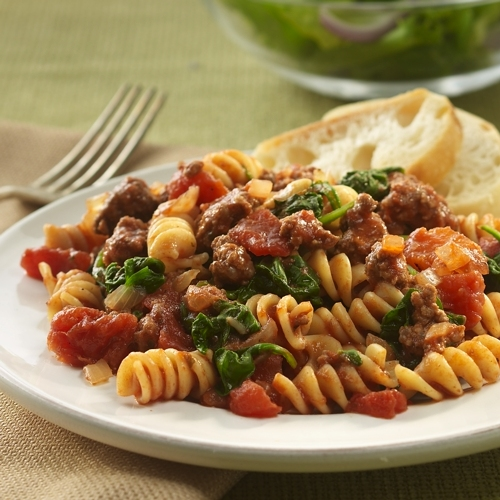 Beefy Tomato and Spinach Rotini Recipe