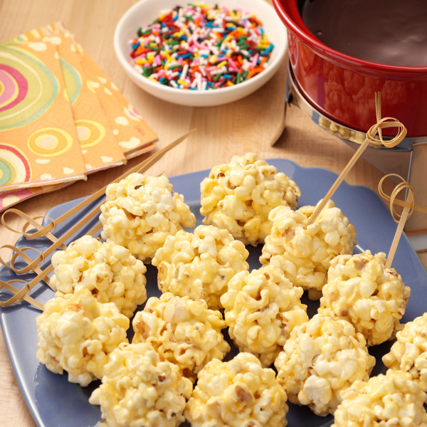 Mini Popcorn Balls with Chocolate 'Fondue'