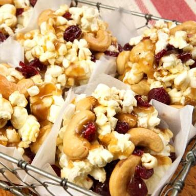 Oooey-Gooey Popcorn Pull