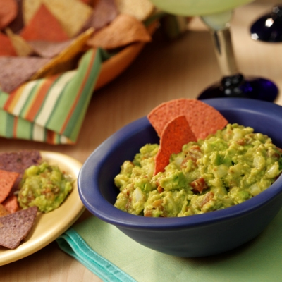 Easy guacamole recipe 'rocks' with zesty Ro*Tel tomatoes, onion and ...