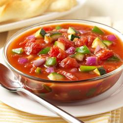 Sopa de Tomate y Vegetales para el Verano