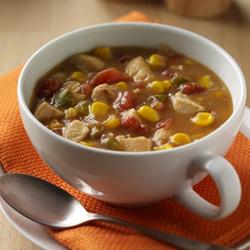 Sabrosa Sopa de Pollo y Maíz