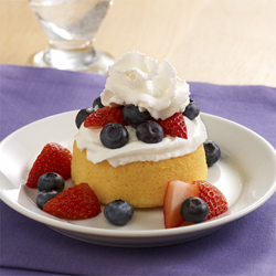 Easy Berry 'Shortcakes'