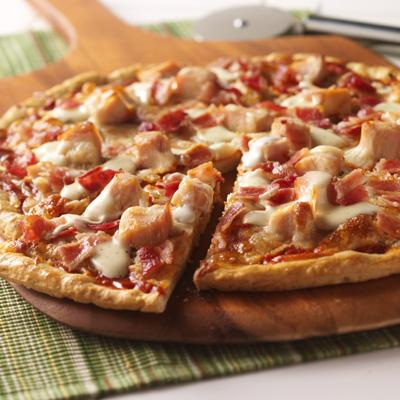 Pizza con Pollo y Tocino