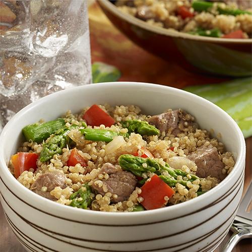 Tazón de Quinoa con Carne y Espárragos