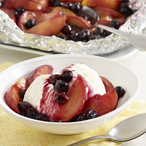 Grilled Peach and Blueberry Foil Packet