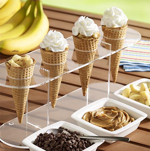 Conos de Mantequilla de Cacahuate, Banana y Chocolate a la Parrilla