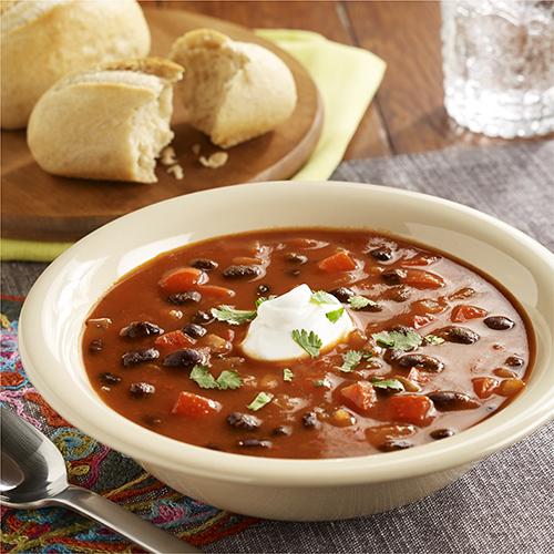 Sopa de Frijoles Negros y Tomate al Estilo Sudoeste